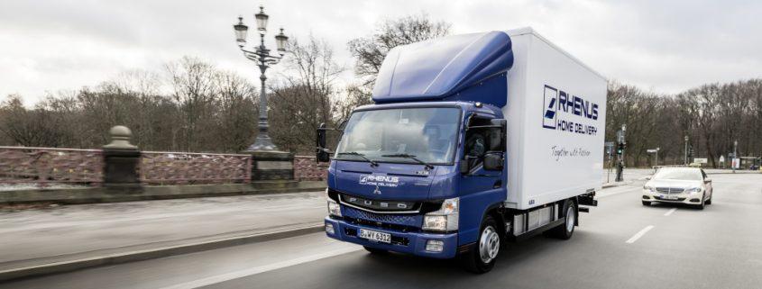 Elektro-LKW: Daimler bringt Fuso eCanter auf die Straße. Foto: Daimler
