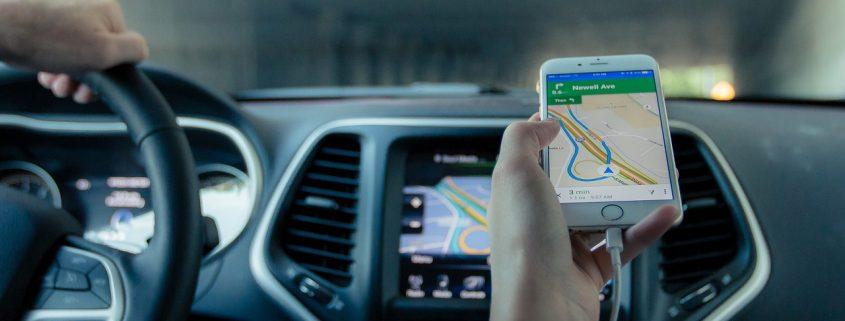 Sicherheitslücken bei Carsharing Apps erweitern Angriffsmöglichkeiten auf Smartphones. Bild: CC0