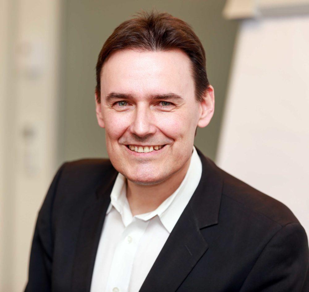 Geschäftsführer Dr. Rene Schellenberger